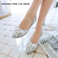 ZHENG PIN JIAREN 2018 New Rhinestone Tip Flat Shoes Hollow Comfort Wear Feet Shallow Mouth Ballet Roller Silver Shoes Size 34 42