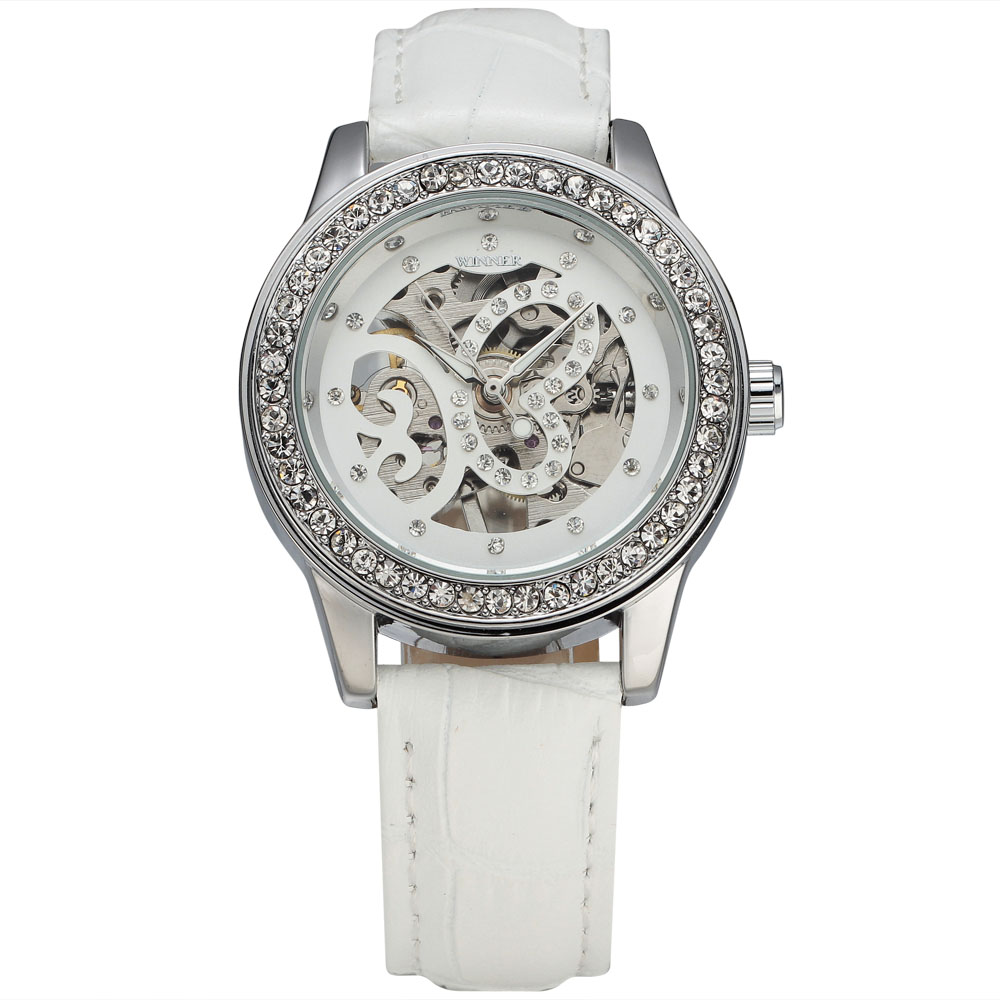 WINNER Women's Fashion Mechanical Watches Classic Diamond Carving Butterfly Skeleton Dial Leather Band Ladies Wrist Watches