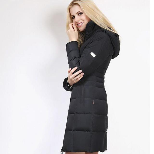New Fashion 2016 Inverno À Prova de Vento Mulheres Jaqueta de Pato Branco Para Baixo Parkas Casacos Magro Marca Engrosse Com Capuz Outwear Zipper Encerramento