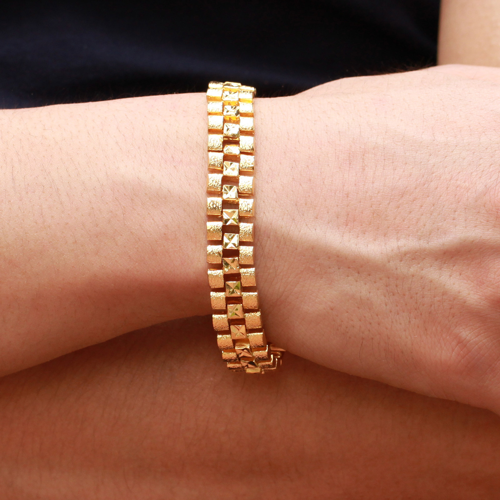 Exotic fashion jewelry - Golden Color Chain Link Bracelets For Male Korean Fashion Jewelry Fashion Retro 18 Carat Exotic Domineering Man Bracelet In Chain Link Bracelets From