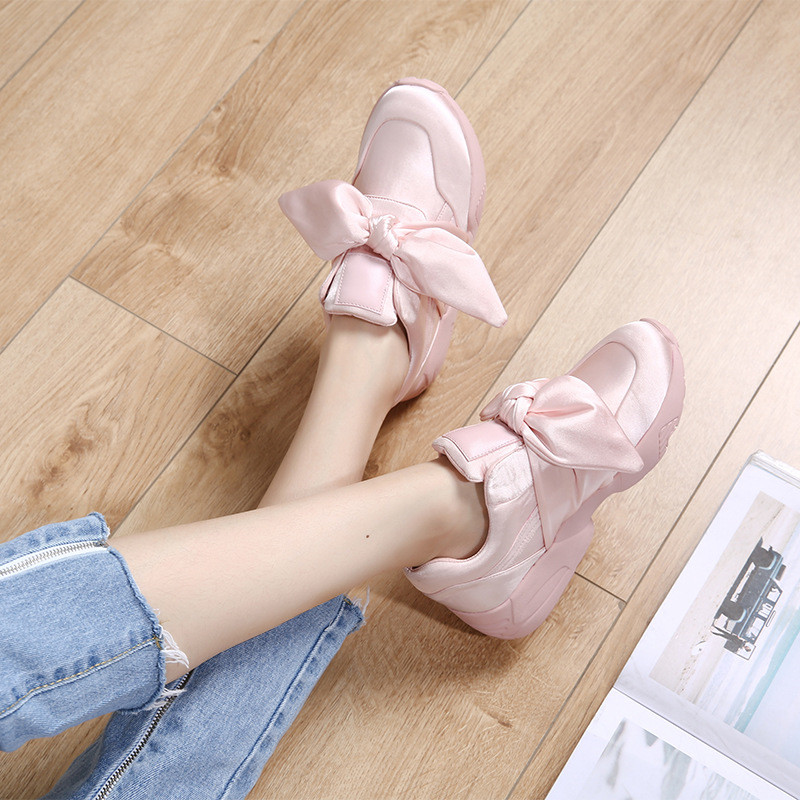 Women's Flats Sneakers Shoes Korean Style 2019 Spring Casual Female Sneaker Fashion Pink Sneakers Non-slip Woman Autumn Shoes