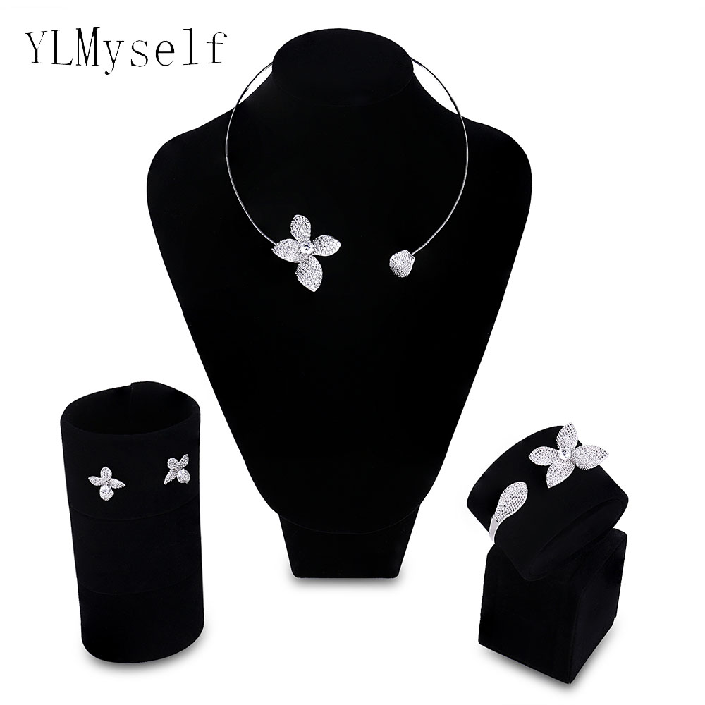 2018 new Bridesmaid wedding jewelry sets Necklace+Bracelet+earrings+gift ring Party accessories beautiful flower jewellery a suit of gorgeous rhinestoned flower necklace bracelet earrings and ring for women