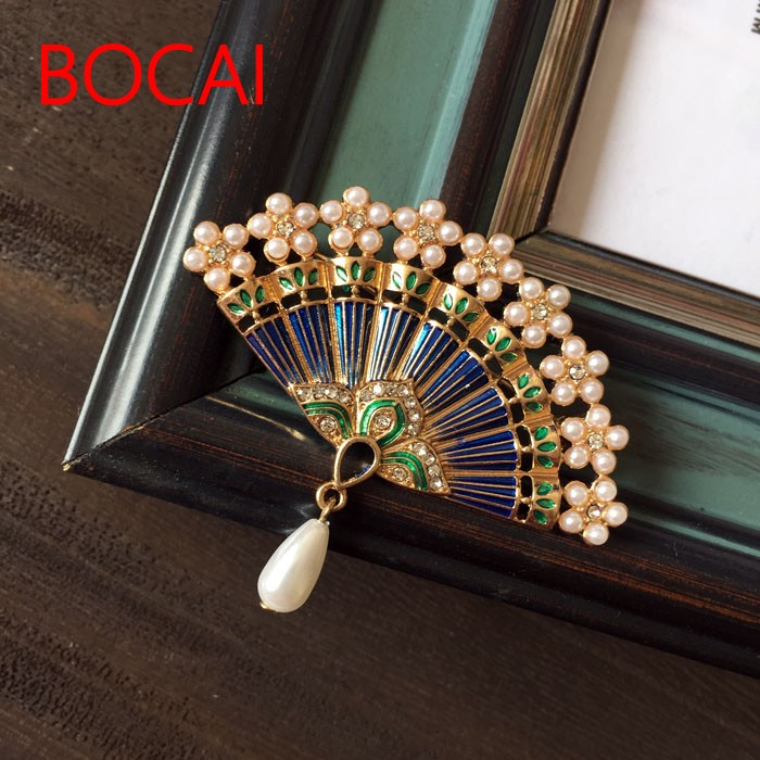 The green Luo {} classical antiquity stained fan dance Enamel Brooch