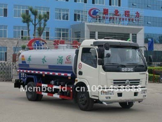 Dongfeng   4*2    water tanker trucks