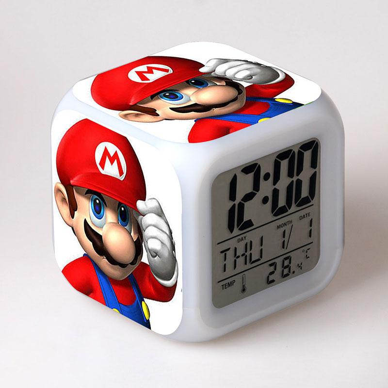 Super Mario Bros LED de alarma de reloj colorido luz juego figura de PVC de escritorio juguetes para los niños