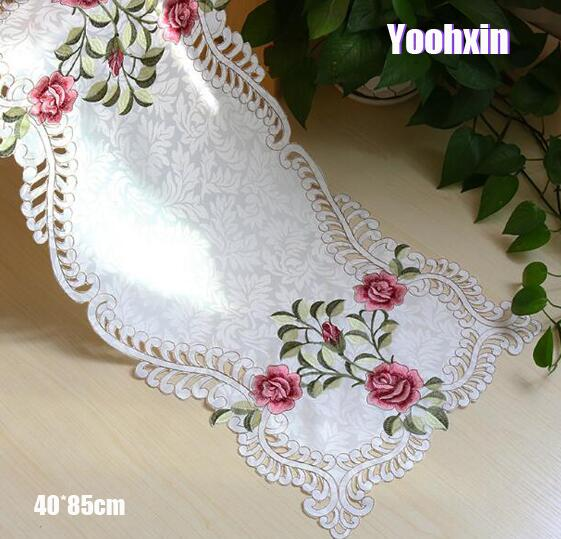 Luxury Satin Pink Embroidery Bed Table Flag Runner Cloth Cover Dining Lace Tea Tablecloth Placemat Party Christmas Wedding Decor