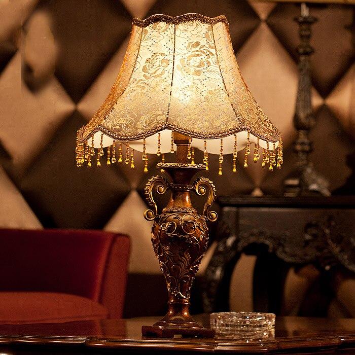 Ретро настольная лампа украшения настольная лампа моды кровать-освещение моды стол ночники смолы Abajur ...