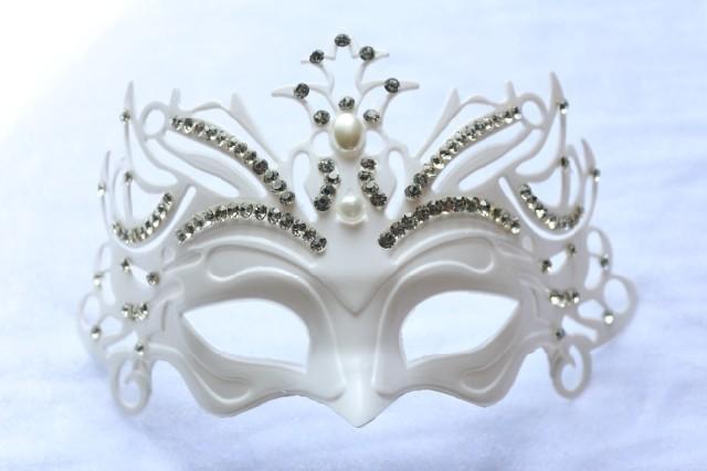 Diamond tieyi cutout metal blindages rhinestone metal mask ball princess noble mask