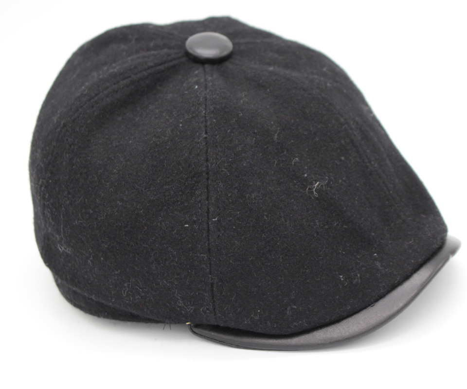 155b469e163 PU Leather Brim Flat Caps Men Winter Hat Gorras Planas Boinas Men Beret Hats  For Men Stripe Boina Masculina HT51007+30-in Berets from Apparel  Accessories on ...