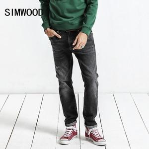 Image 1 - SIMWOOD 2020 bahar kış yeni kot erkekler Slim Fit moda delik kot sıska yırtık pantolon artı boyutu rahat NC017015