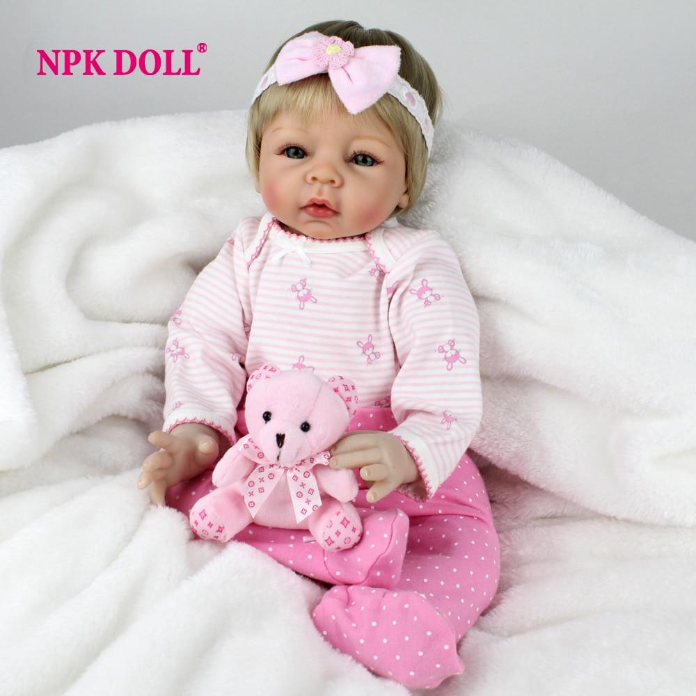 NPKDOLL New Silcone Boneca Reborn 22 Polegada Moda BeBe Menina Boneca Cabelo Ouro 2018 Lifelike Bebê Crianças Aniversários Presente brinquedos
