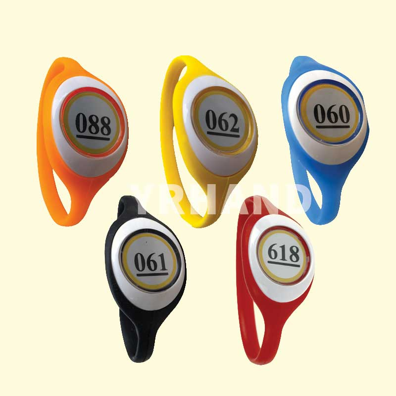 5 Pieces Lot  Access Control ID 125KHZ RFID Smart Wristband For Electronic Cabinet Locks Random Color