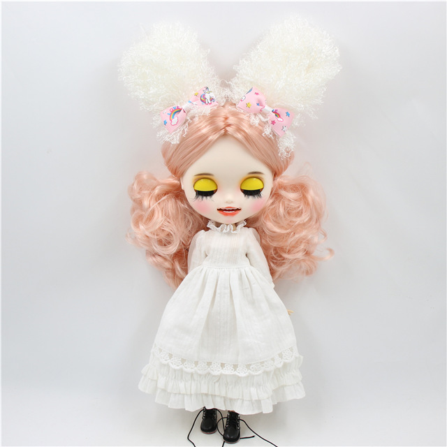 Kaylee – Premium Custom Blythe Doll with Smiling Face 1