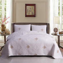 Luxury White European 100% Cotton High Quality Comfortable Embroidery Blanket Bedspread Bed Cover sheet Linen Pillowcase