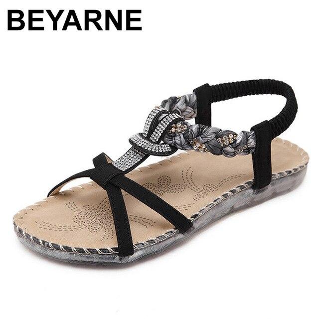 BEYARNE Sandalias bohemias con diamantes de imitación para mujer, zapatos planos con diamantes de imitación, informales, étnicos, para playa, talla grande 45