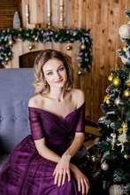 Bellezza Emily Lunga Viola Rosso Grigio Abiti da Sera 2019 A Line Al Largo della Spalla Mezza Manica Vestido da dama de honra