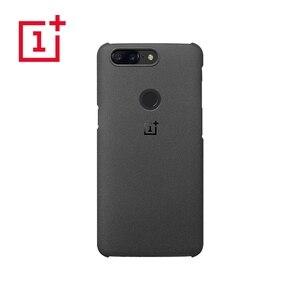 Image 3 - OnePlus 5T เดิม 100% อย่างเป็นทางการกันชนวัสดุ Aramid Fiber PC ครึ่งรอบปกหลัง SHELL หินทรายคาร์บอนสำหรับ OnePlus