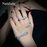 Nandudu Mode D'été Palm Bracelet Or Blanc Couleur AAA Zircon Main Manchette Bracelet Femmes Filles Bijoux De Luxe Cadeau R1107