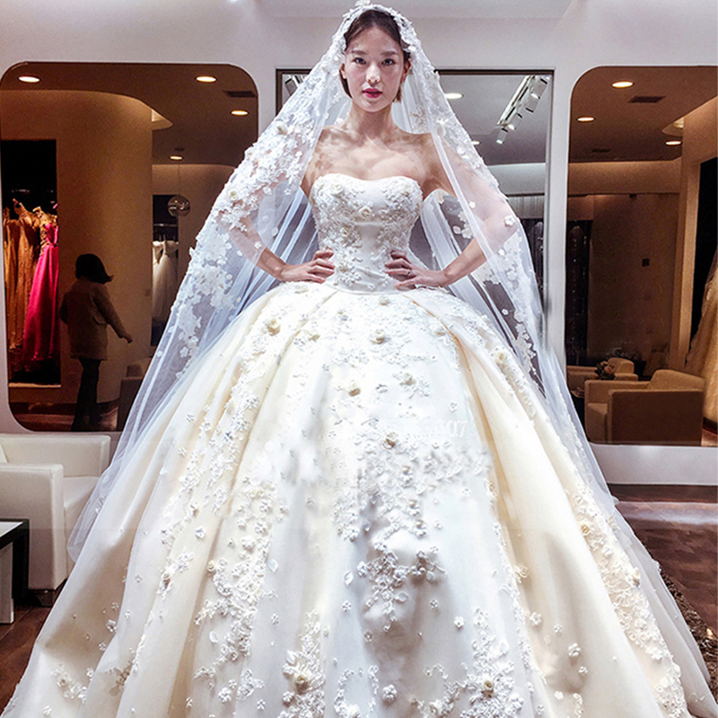 Long Train 1.5 Meters Luxury Lace Appliqued Ball Gown Wedding Dress ...