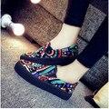 2 Colores Tamaño 35-40 de Dibujos Animados Pintura de Señora Fashion Casual Zapatos de Lona de La Muchacha del Estudiante Calzados Zapatos de Corea del Colegio V087