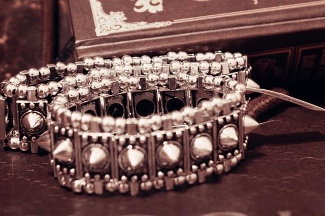 Wholesale 2013 1 lot/10pcs trendy fashion famous brand punk style jewelry sharp teeth adjustable stretch crystal spike bracelet