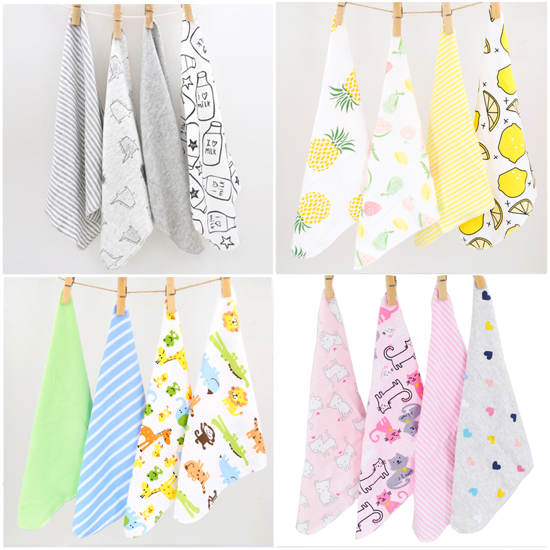 H13 Baby Small Square Hand Towel / Feeding Napkin Soft Cotton Cloth Yellow Letters Pattern 4 Pcs Installed Size 28 * 28 Cm