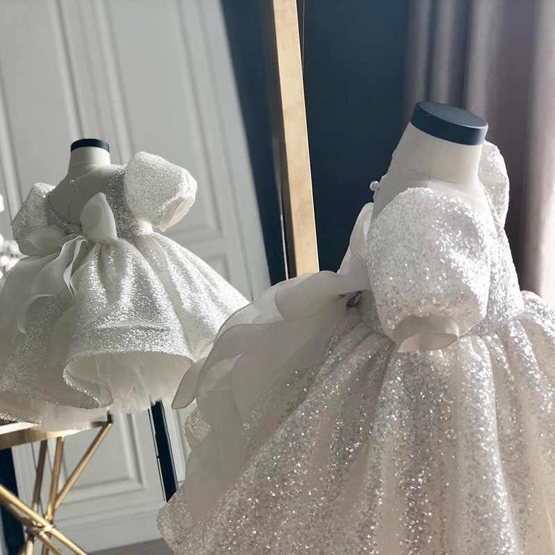 白 Baptismal 幼児ゴージャスなエレガントなフラワーガールのドレスビッグボウチュチュプリンセス結婚式ドレス