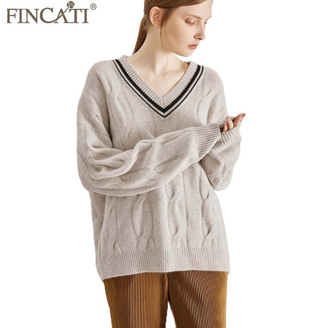 Sweaters Women 2018 Autumn Winter High-End Cashmere England Style V Neck  Twist Knit Soft 7592f552d