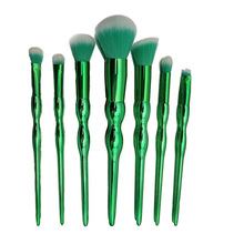 8pcs Fashion Green Makeup Brush DS028 Disposable Eyeshadow brush Brushes Set Malkeup Tool