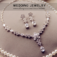 Free Shipping 2014 Stunning Sparkling AAA CZ Prong Set Flower White Gold Plated Wedding Bridal Prom