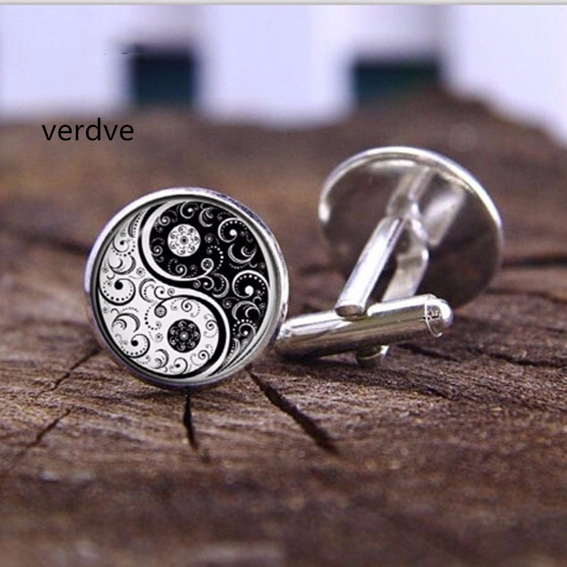 VERDVE New 20mm Fashion Handmade Cufflink Wholesale Yinyang Skulls Wicca Gifts Cabochon Witchcraft High Quality Cufflink Jewelry