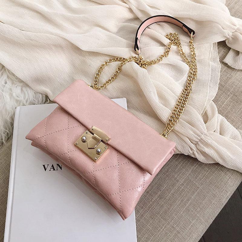 Ins Bag Girl 2019 New Korean Edition Embroidery Ringge Slant Bag Fashion Chain Bag Lock One Shoulder BagIns Bag Girl 2019 New Korean Edition Embroidery Ringge Slant Bag Fashion Chain Bag Lock One Shoulder Bag