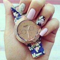 Venta caliente floral impresión relojes de pulsera reloj de Ginebra del reloj de cuarzo hermosa relojes de pulsera de metal