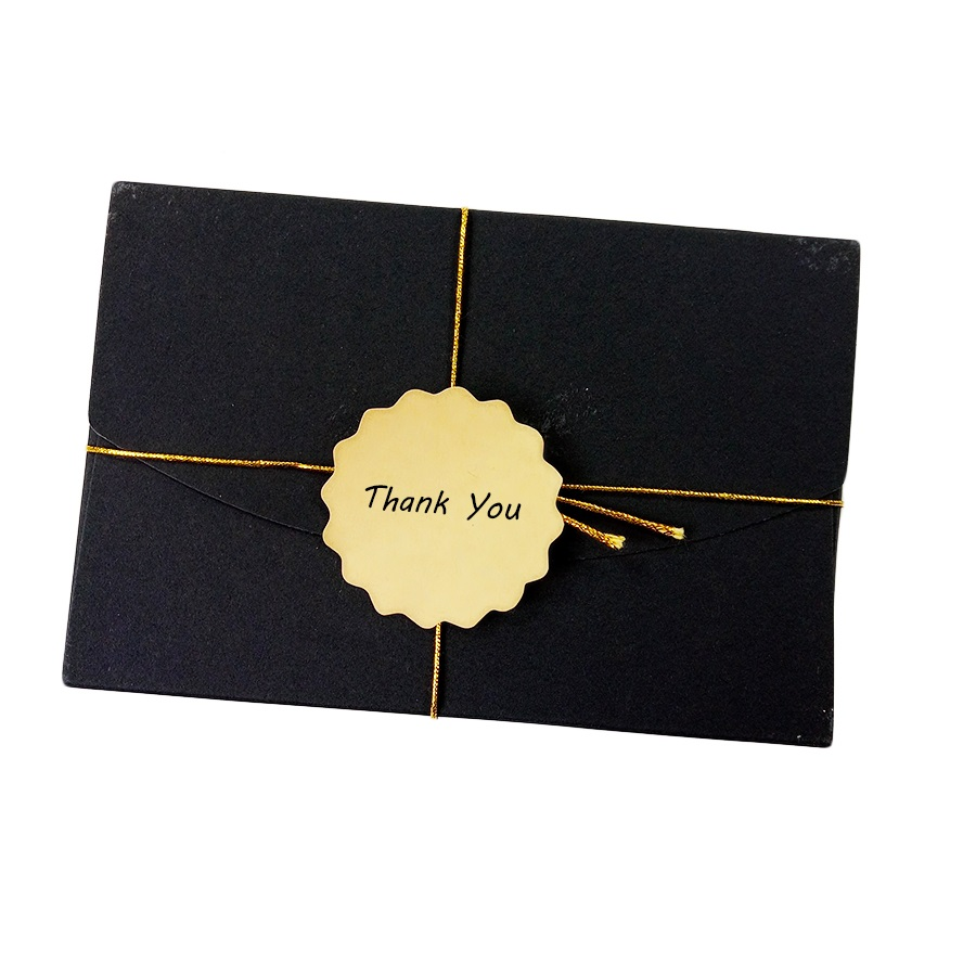 Купить с кэшбэком 100 Pcs/lot Blank Wavy Lace Diameter 5cm Adhesive Kraft Paper Seal Sticker Gift Cake Baking Package Label Stickers Scrapbooking