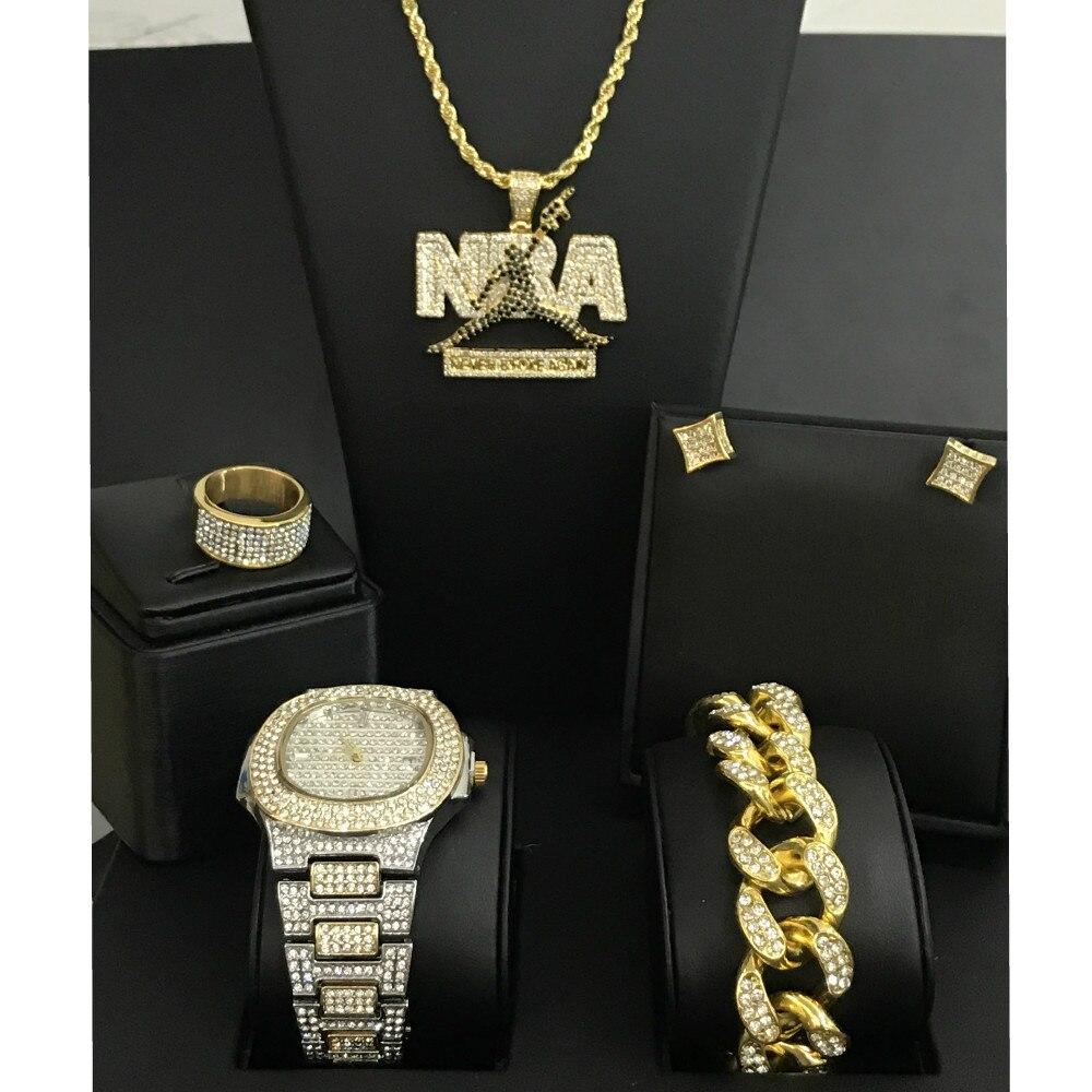 Diamant homme montre glacé cubain Hip Hop montre & collier & Bracelet & boucles d'oreilles & bague Combo Set Top marque basket NBA pendentif