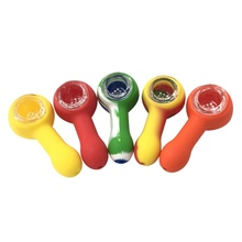 1 Uds., molinillo de Pipa de fumar de silicona irrompible en forma de Calavera, accesorios de tabaco para cigarrillos, Color al azar
