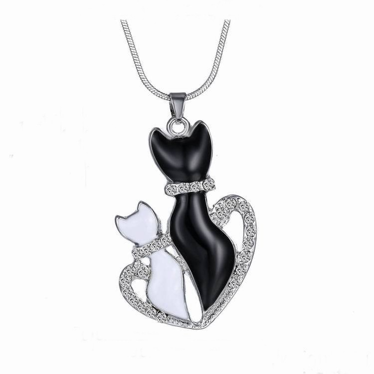 New lovely cat paw black white 2 cat on heart crystal pendant new lovely cat paw black white 2 cat on heart crystal pendant necklace cat jewelry aloadofball Gallery