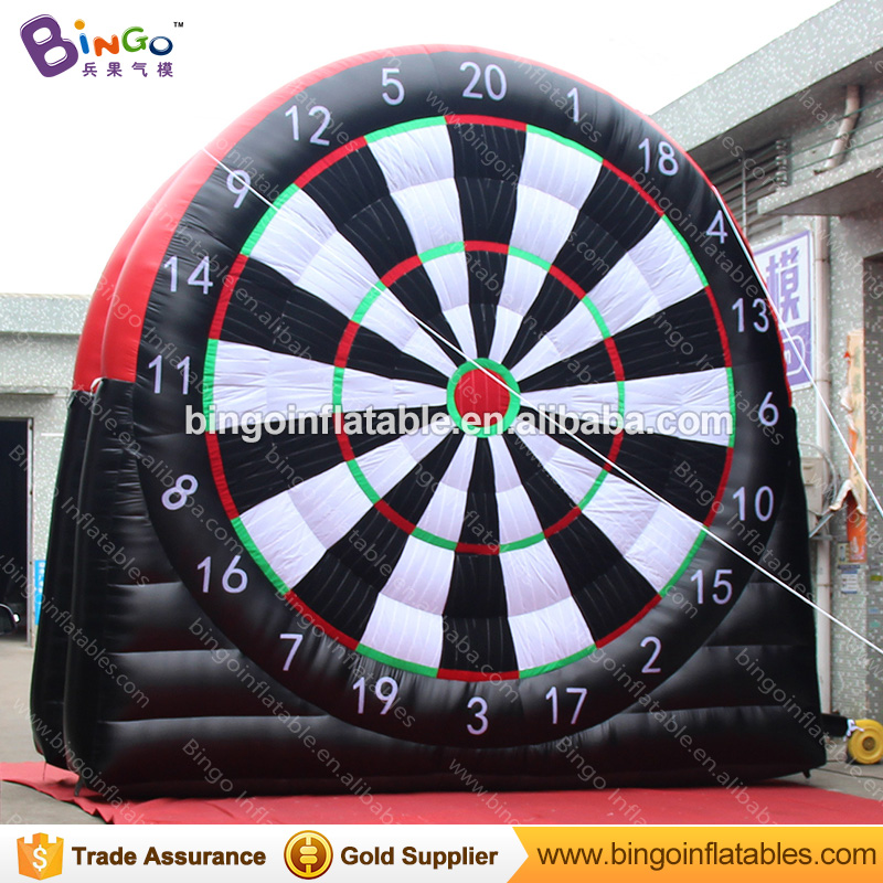 Free Delivery outdoors giant inflatable football soccer dart board 5x5 mts inflatable dart game jeux exterieurs pour enfants toy free delivery car engine computer board ecu 0261208075