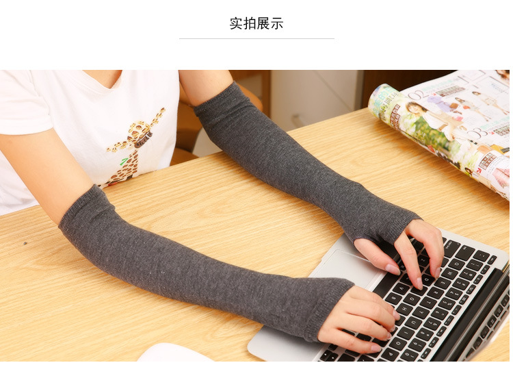 Winter Style Pair Keep Warm Arm Sleeve Sweet Vogue Modelling  Fingerless Gloves/wrist/arm/package  Free Shipping