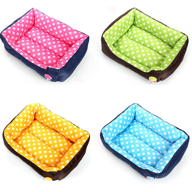 Cute Small Pet Kennels for Dogs Cats Warm Teddy Bed Mat for Fall Winter Seasons Colorful Dots Cheap Dog Bedding Set