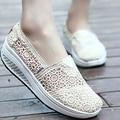 Новое Прибытие Новых Женщин Моды Сетки Дышащий Корейский Стиль Пожать Случайные Фитнес-Полые Обувь