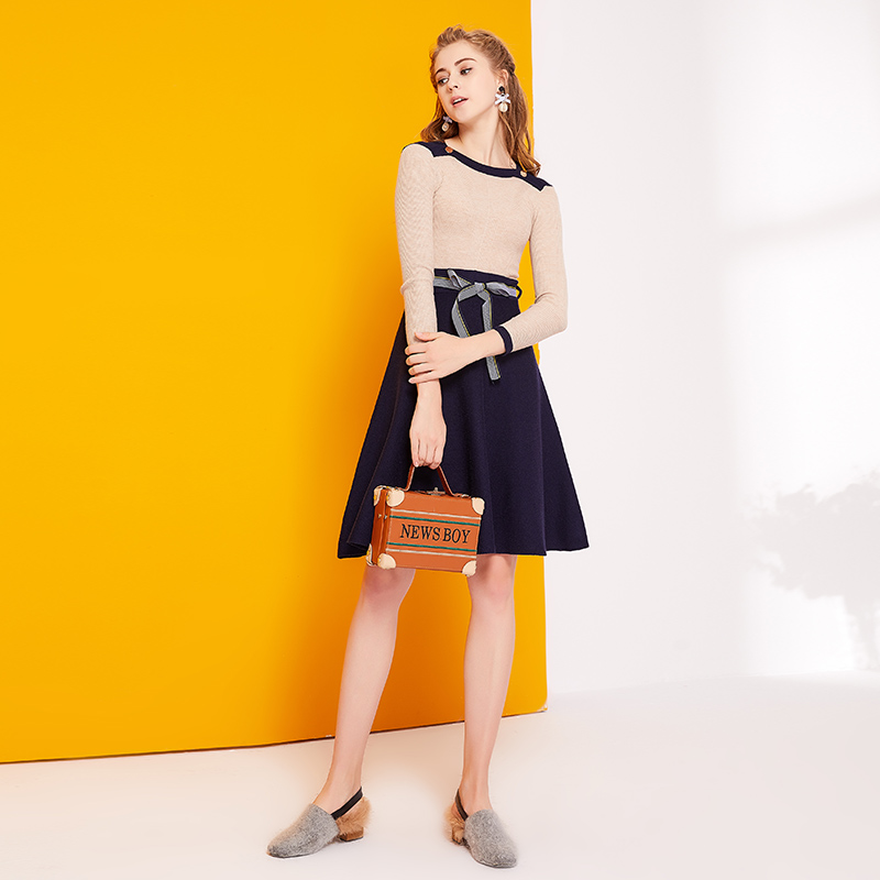 Kadın Giyim'ten Elbiseler'de Kadın moda A line Mini Elbise Örme Kazak Elbise 2017 Yeni Sonbahar Kış Zarif Balıkçı Yaka Örgü rahat elbise'da  Grup 1
