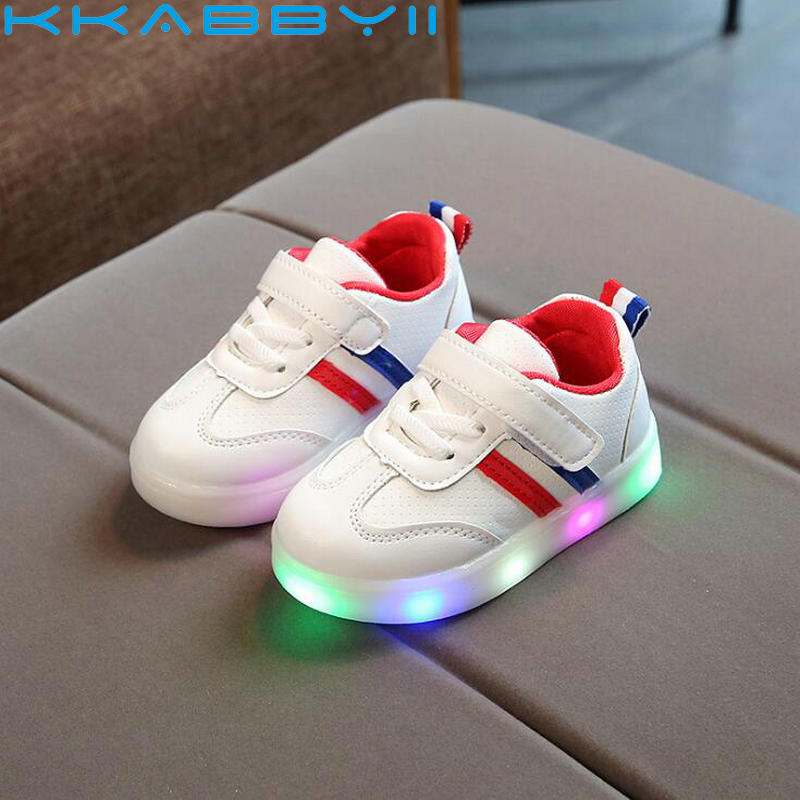 Children Shoes With Light Chaussure Led Enfant 2018 New Kids Sports Shoes Breathable Boys LED Sneakers For GirlsChildren Shoes With Light Chaussure Led Enfant 2018 New Kids Sports Shoes Breathable Boys LED Sneakers For Girls