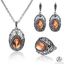 Hot Big Champagne Crystal Jewelry Sets for Women Vintage Carved Oval Earrings 3Pc Necklace Sets Fashion Hollow Out Jewelry 20%