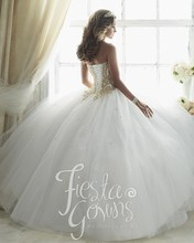 Gorgeous Beaded Sweetheart Quinceanera Dresses White Debutante Ball Gown Gold Lace Appliques Sweet 16 Dress for 15 Years QR156