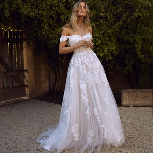 Image 3 - תחרה שמלות כלה 2020 כבוי כתף אפליקציות קו הכלה שמלת נסיכת Boho חתונה שמלת משלוח חינם גלימת דה mariee
