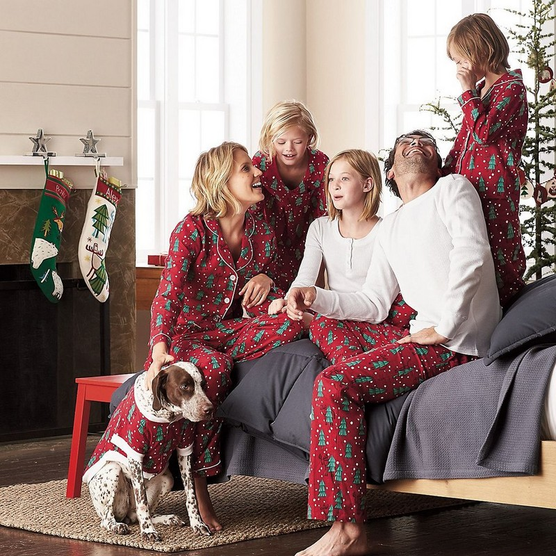 Family Set Christmas Trees Pajamas Family Look Mom Daughter Dad Son Matching Clothes Christmas Family Pajamas Clothing YD