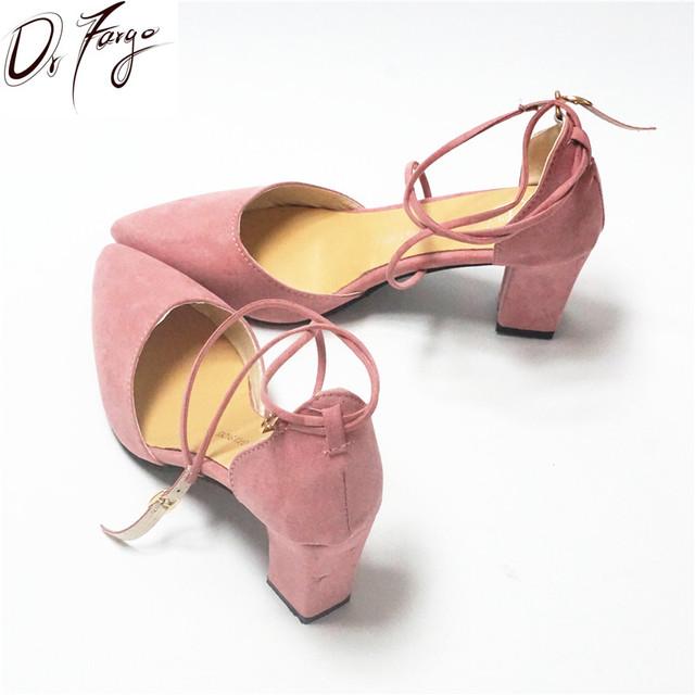 DRFARGO Nueva Dama de la Moda Chunky Bombas 7 cm Talón Bloque Hebilla Del Tobillo Correa de las mujeres Chaussure Zapatos de punta en punta 34-39