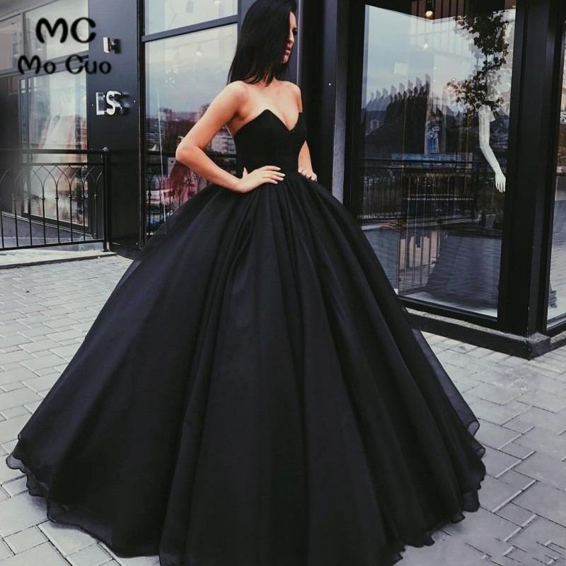 In Stock Ready to Ship 2019 Ball Gown Evening Dresses Long Sweetheart Prom Gowns Tulle Black