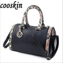 Ringed Penguin 2017 new fashion trend female handbag crocodile pattern drum  shoulder bag